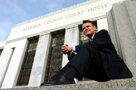 "Superior Court Judge Tom Reardon is photographed outside the Alameda County Courthouse in Oakland, Calif. Thursday, March 26, 2010. Reardon has recently begun a second career as a stage actor, with high profile roles in Center Repertory Theatre Company's musical ""Curtains"" and now a production of ""Dirty Rotten Scoundrels."" (Kristopher Skinner/Staff)"